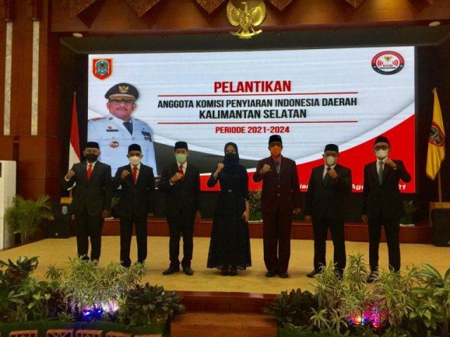 PJ Gubernur Lantik 7 Komisioner KPID Kalsel